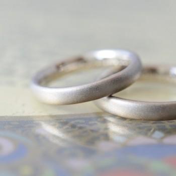 サンドブラストの結婚指輪!