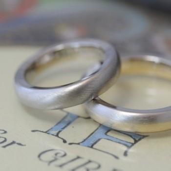 〔結婚指輪〕ボリュームとテーパーとコンビネーション