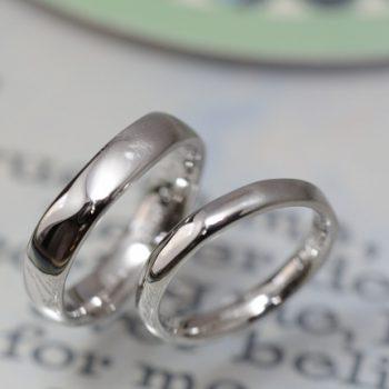 プラチナの水面のようなオーダーメイド結婚指輪