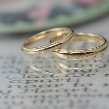 〔結婚指輪〕ゴールドが眩しい!