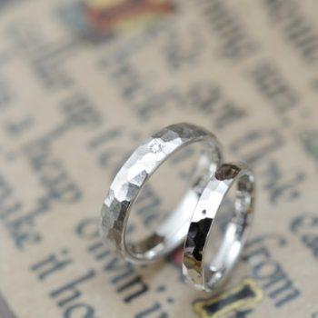 結婚指輪 鎚目マットと鏡面仕上げ