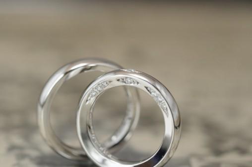 ボリュームタイプのプラチナ オーダーメイド結婚指輪