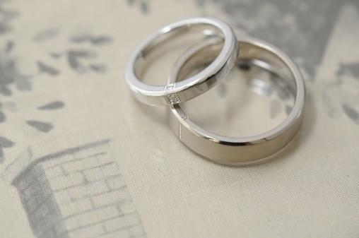 フラットタイプのオーダーメイド結婚指輪