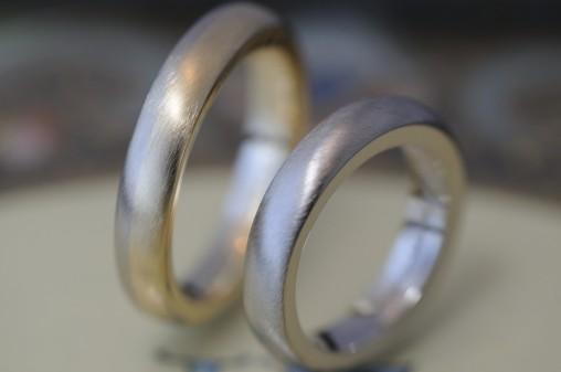 ボリュームコンビの結婚指輪