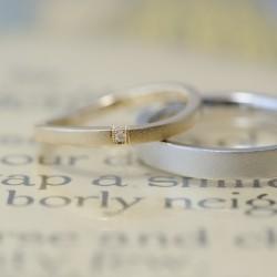クラシックタイプのウェーブ結婚指輪