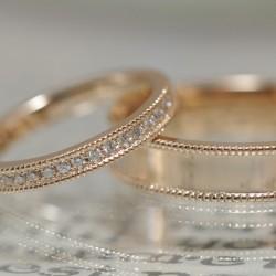エタニティーローズゴールドの結婚指輪