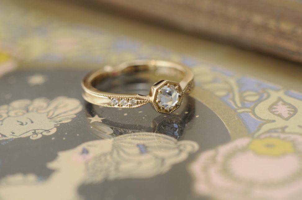 ローズカットクラシカル婚約指輪