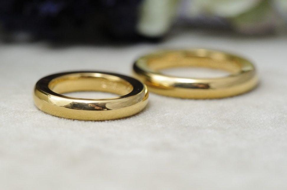 純金の結婚指輪