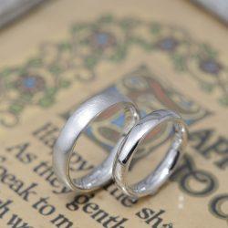 プラチナノシンプルなオーダーメイド結婚指輪