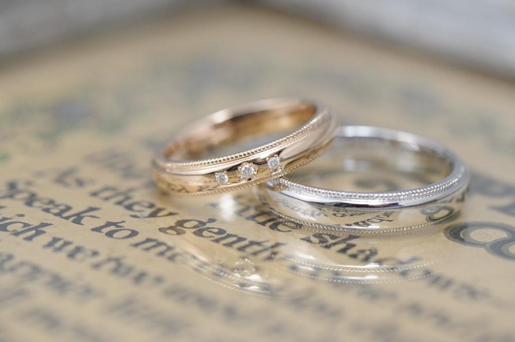 ROSEとプラチナとミルのオーダーメイド結婚指輪