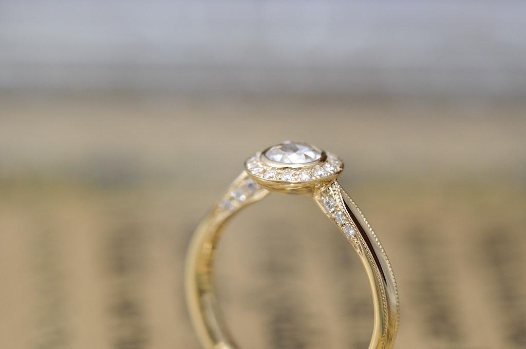ローズカットメレダイヤの婚約指輪