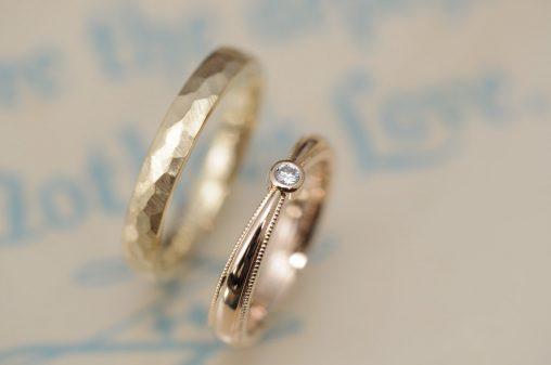 絞りとダイヤモンドとミルグレインのオーダーメイド結婚指輪
