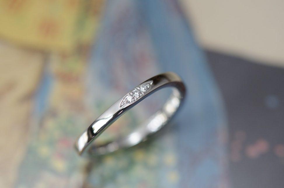 プラチナウェーブのオーダーメイド結婚指輪
