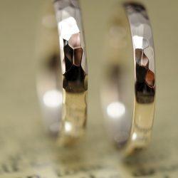 半分鎚目のシャンパンゴールドオーダーメイド結婚指輪