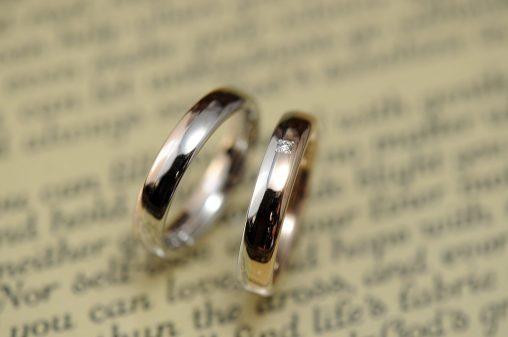 プラチナローズコンビの結婚指輪